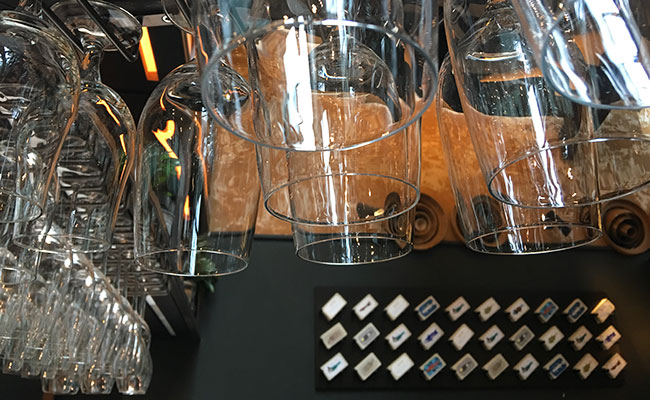 bar glass storage