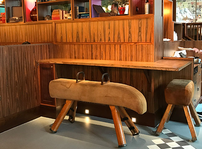 gym pommel horse seating
