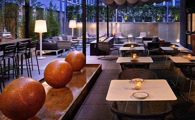 hotel terrace fountain